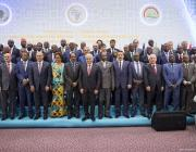 Turkish Prime Minister Binali Yildirim (7th L) poses for a family photo during the Turkey-Africa First Agriculture Ministers Meeting and Agribusiness Forum in Antalya, Turkey on 27 April 2017 [Ali Balıkçı/ Anadolu Agency]