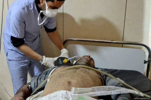 Civilians receive treatment after Assad Regime forces carried out a chemical attack in Idlib, Syria on April 4, 2017. ( Bahjat Najar - Anadolu Agency )