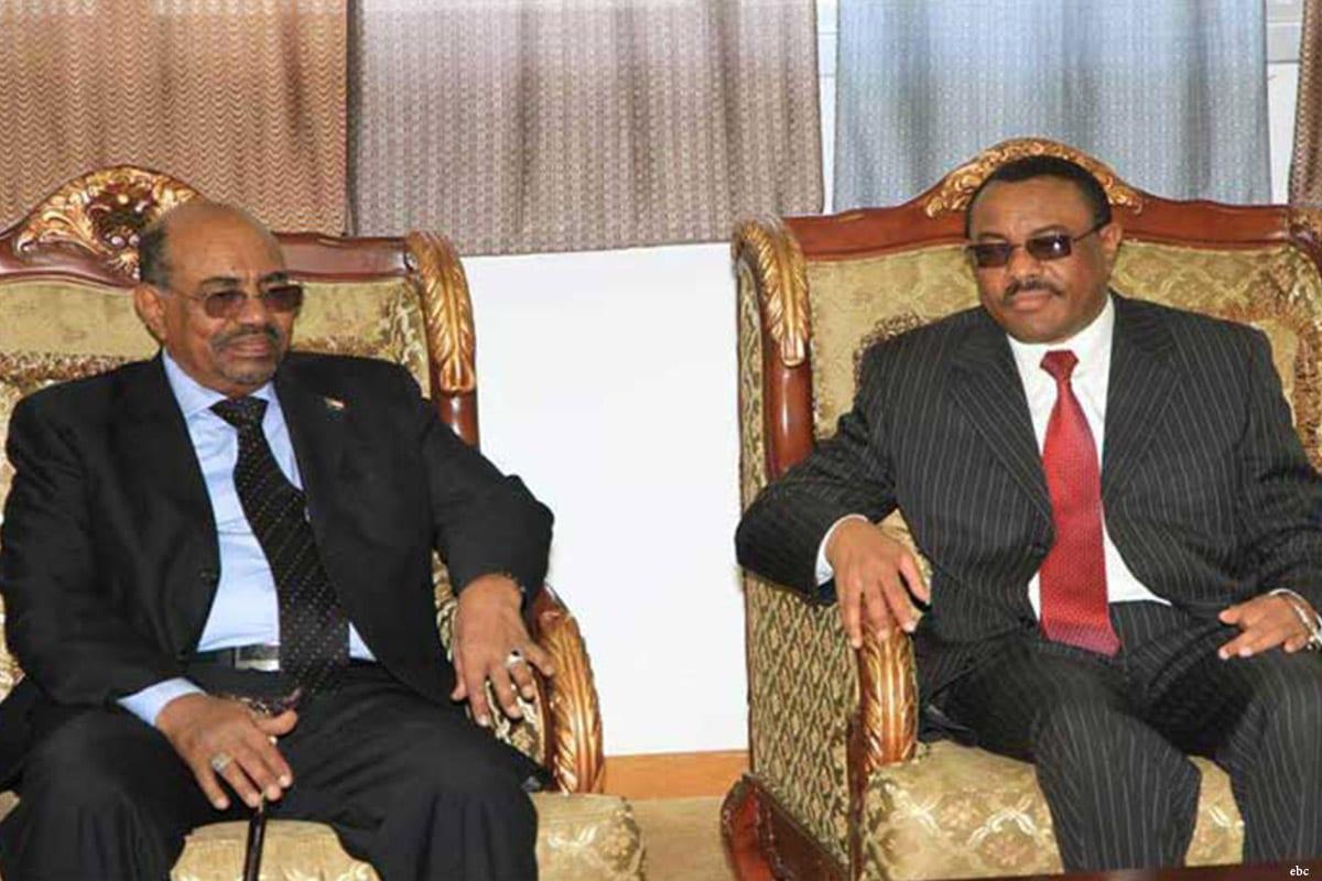 Image of Ethiopian Prime Minister Hailemariam Desalegn (R) and Sudanese President Omar Al-Bashir (L) [ebc]