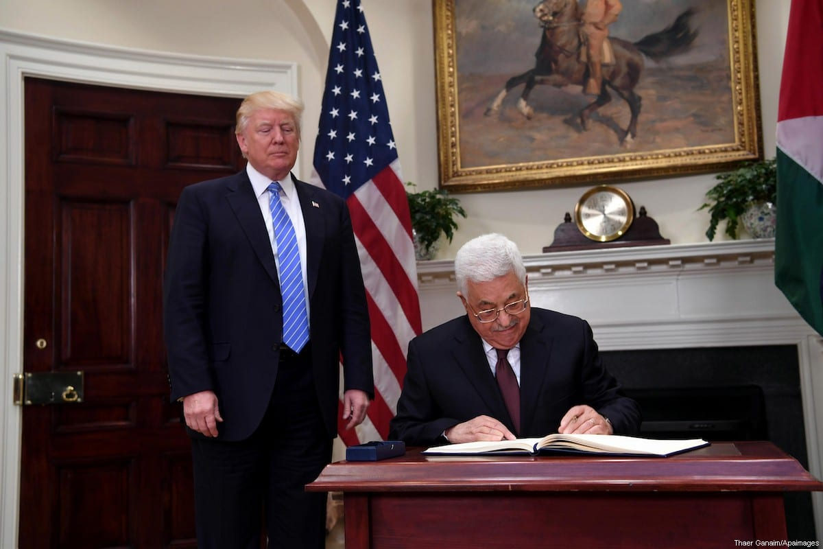 US President Donald Trump meets with Palestinian President Mahmoud Abbas in the Oval Office of the White House on May 3, 2017 in Washington, DC. [Thaer Ganaim/Apaimages]