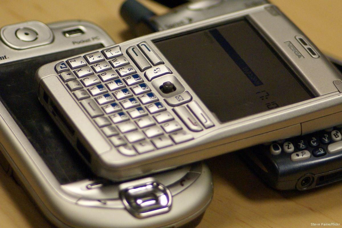 Image of smart phones [Steve Paine/Flickr]