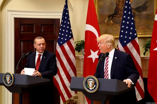 US President Donald Trump (R) and President of Turkey Recep Tayyip Erdogan (L) in Washington, US on 16 May 2017 [Kayhan Özer/Anadolu Agency]