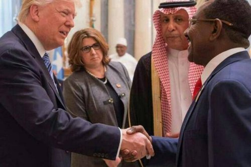 US President Donald Trump meets with Sudanese envoy to the President of Sudan in Riyadh, Saudi on 21 May 2017