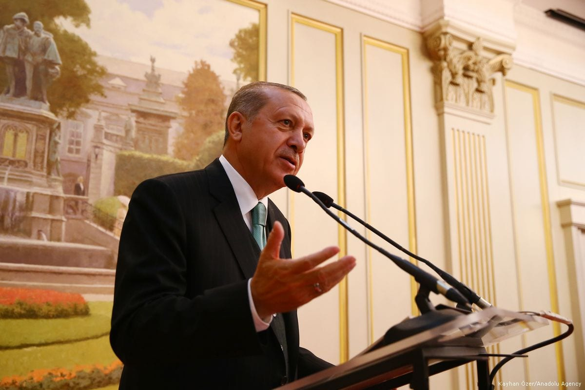 Turkish President Recep Tayyip Erdogan delivers a speech in Brussels, Belgium on May 24, 2017 [Kayhan Özer /Anadolu Agency]