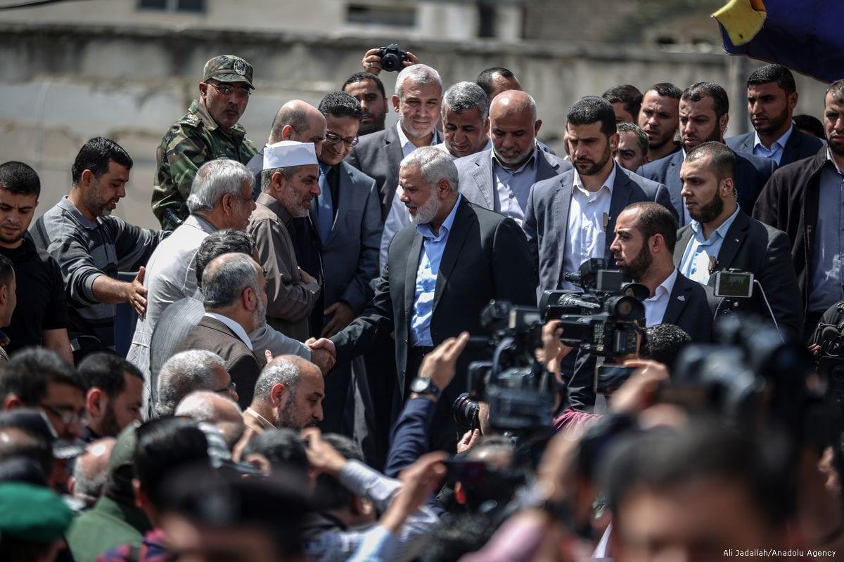 Image of Ismail Haniyeh (C) talking to press in Gaza on May 8, 2017 [Ali Jadallah/Anadolu Agency]