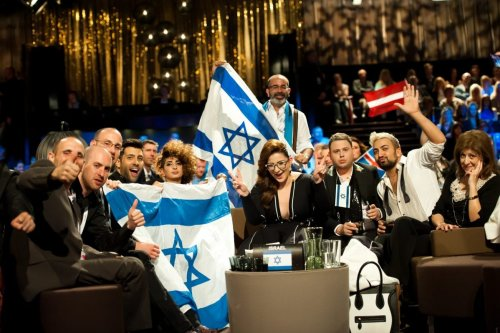 Israel's Moran Mazor and her team seen backstage at Eurovision 2013