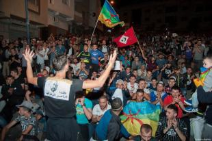 Hundreds of people attend a demonstration in support of ongoing anti-government protests taking place in the northern Rif region on June 2, 2017 in Al-Hoceima, Morocco. ( Jalal Morchidi - Anadolu Agency )