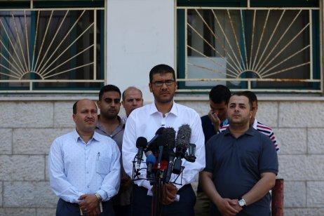 Youssef Abu Elreesh, Palestinian Deputy Minister of Health holds a press conference in Gaza City, Gaza on 27 June, 2017 [Ali Jadallah/Anadolu Agency]