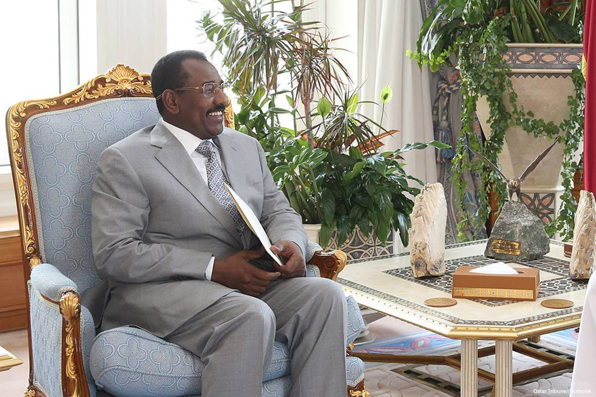 Image of Senior Sudanese official, General Taha Osman Al Hussein on 24 April 2017 [Qatar Tribune/Facebook]
