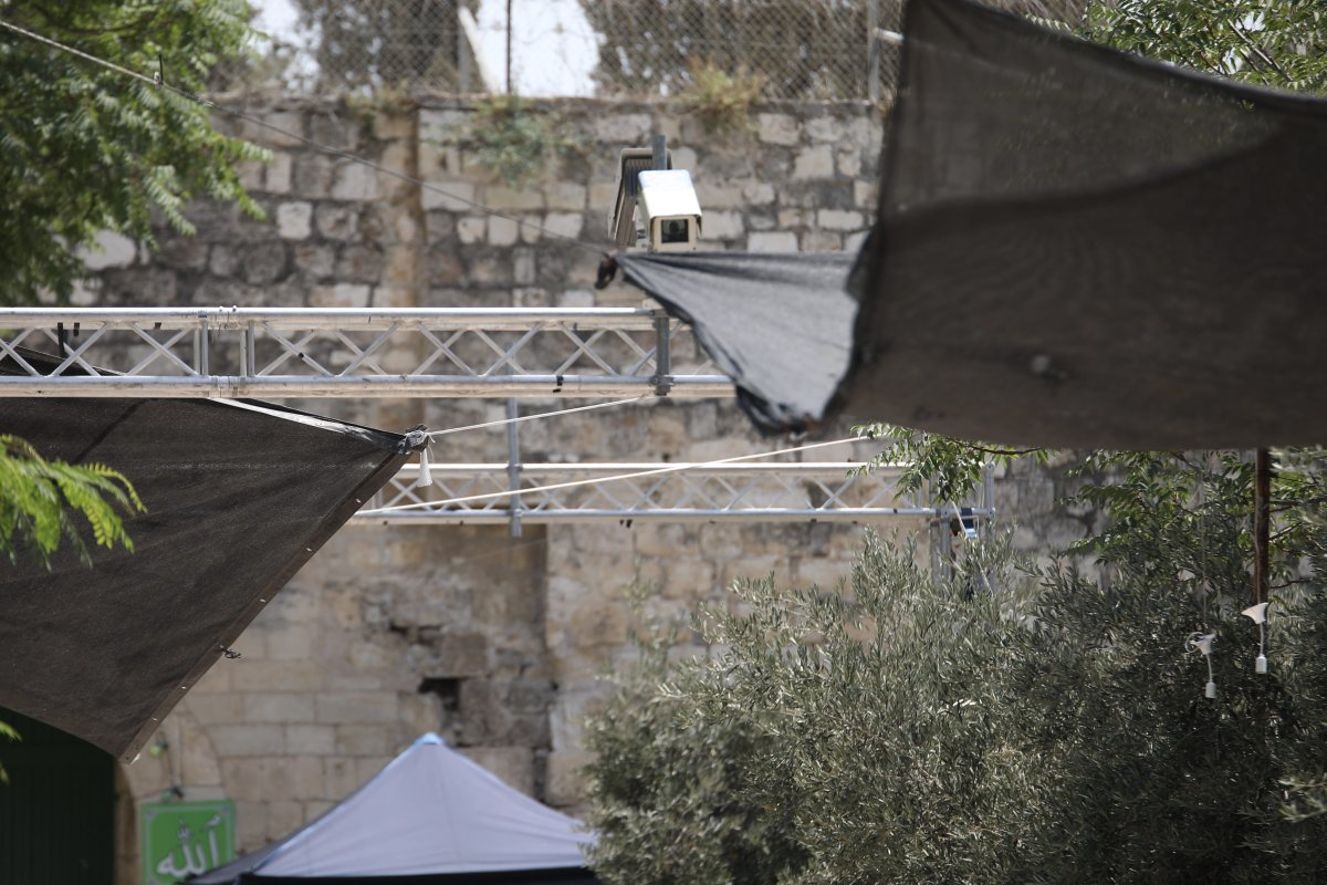 Surveillance camera is seen at outside Lions' Gate, a main entrance to Al-Aqsa mosque in Jerusalem on 23 July, 2017 [Mostafa Alkharouf/Anadolu Agency]