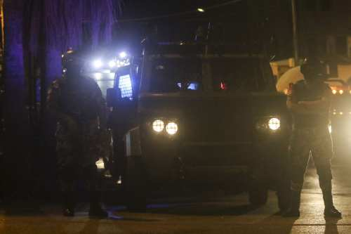 Jordanian security forces are seen as they sealed off the scene and blocked entries to the area after one Jordanian was killed and an Israeli was injured in a violent incident at the Israeli embassy in Jordan on July 23, 2017. Security forces opened fire when a Jordanian national reportedly stabbed an Israeli personnel at the embassy in Amman, said security sources. [Salah Malkawi/Anadolu Agency]
