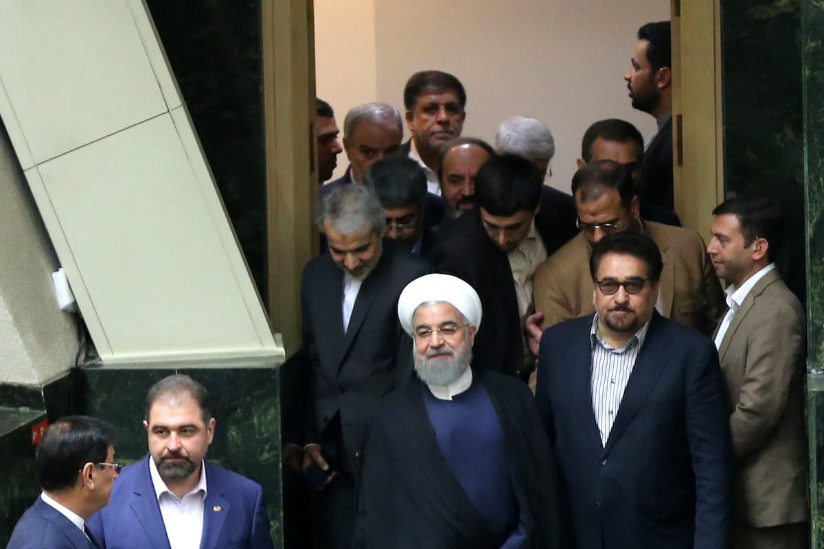 MPs cast their votes during a vote of confidence session on the President Hassan Rouhani's cabinet in Tehran on August 20, 2017 ( Fatemeh Bahrami - Anadolu Agency )