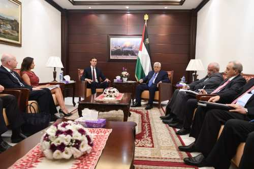 US presidential adviser Jared Kushner (3rd L) meets with President of Palestine, Mahmoud Abbas (3rd R) at Presidential Residence due to Kushner's official visit in Ramallah, West Bank on August 24, 2017. ( Palestinian Presidency - Handout - Anadolu Agency )