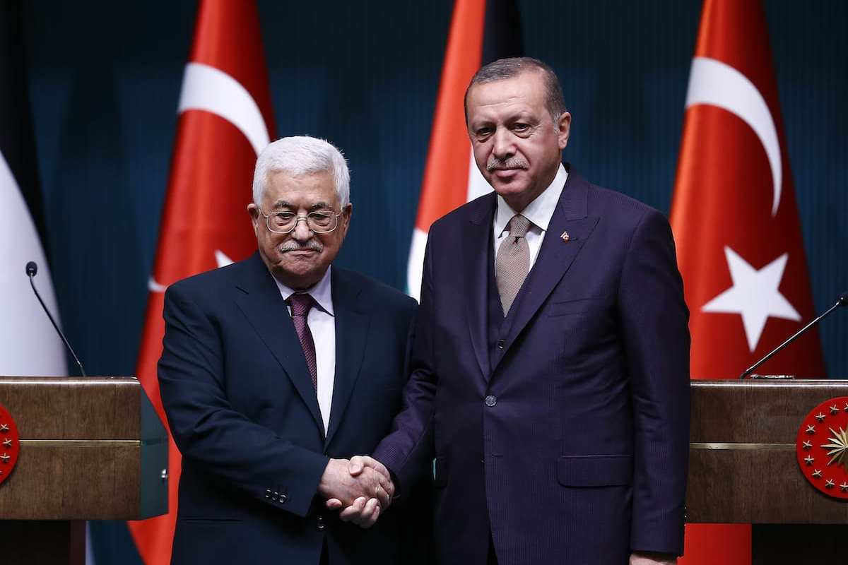 President of Turkey, Recep Tayyip Erdogan (R) and President of Palestine, Mahmoud Abbas (L) hold a joint press conference in Ankara, Turkey on 28 August 2017 [Mehmet Ali Özcan/Anadolu Agency]