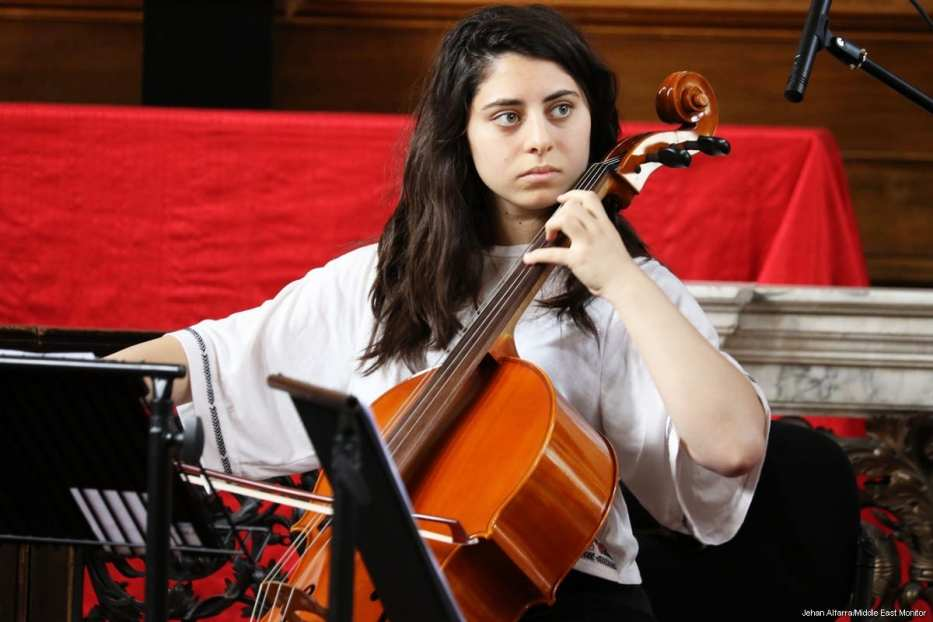 Tibah Saad rehearsing ahead of a concert in London [Jehan Alfarra/Middle East Monitor]
