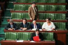 Tunisian members of parliament discuss the economic reconciliation law during a parliament session at Tunisian Parliament in Tunis, Tunisia on 13 September 2017 [Nacer Talel/Anadolu Agency]