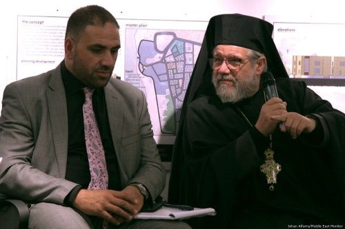 Europal Forum Project Manager Ragad Altikriti and Archimandrite Abdallah Giulio Brunella, Greek Melkite Catholic Patriarchate of Jerusalem at the Europal Forum and MEMO event in London, on 11 September, 2017 [Jehan Alfarra/Middle East Monitor]