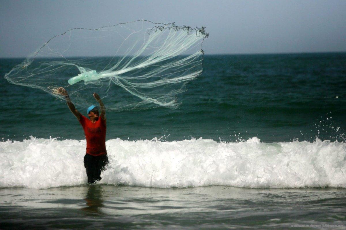 Palestinian fishermen in Gaza. [File photo: APAimages]