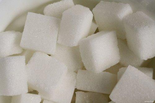 Sugar cubes [stringy/Flickr]