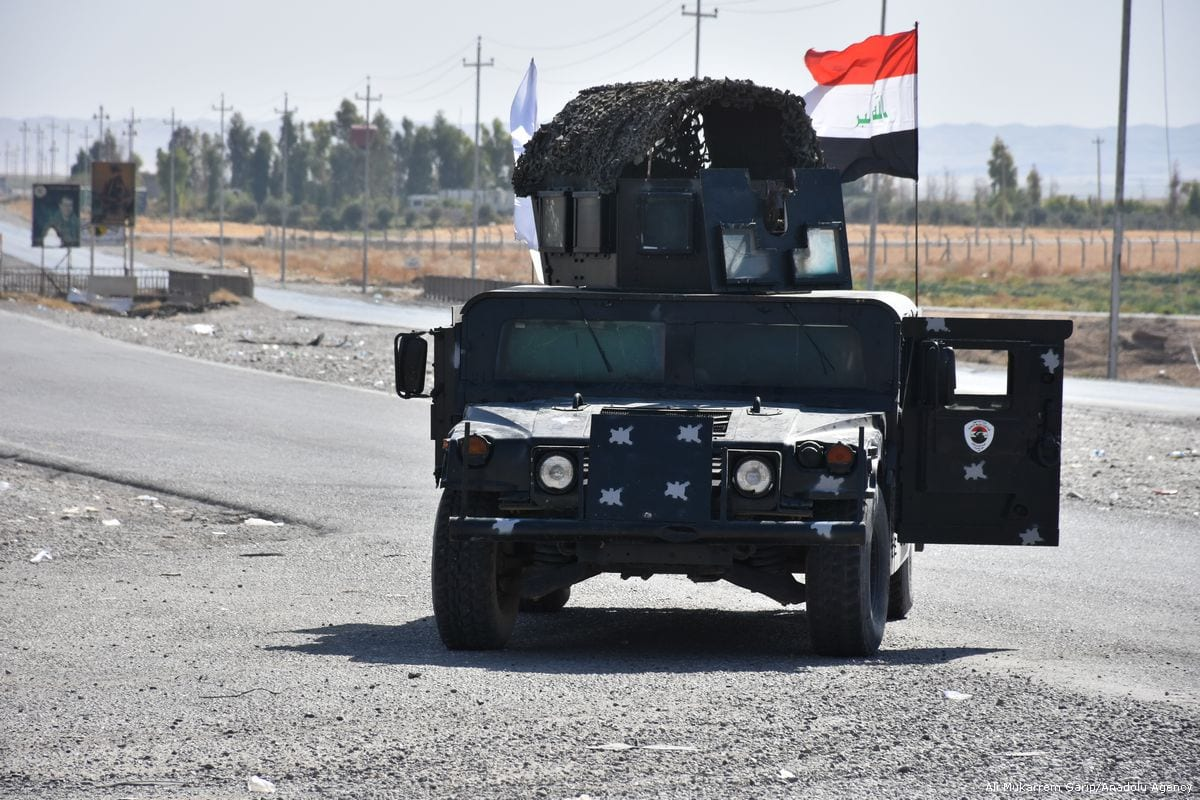 Iraqi security forces deploy armoured vehicles after taking control of Altun Kopru village of Kirkuk, Iraq on 20 October 2017 [Ali Mukarrem Garip/Anadolu Agency]