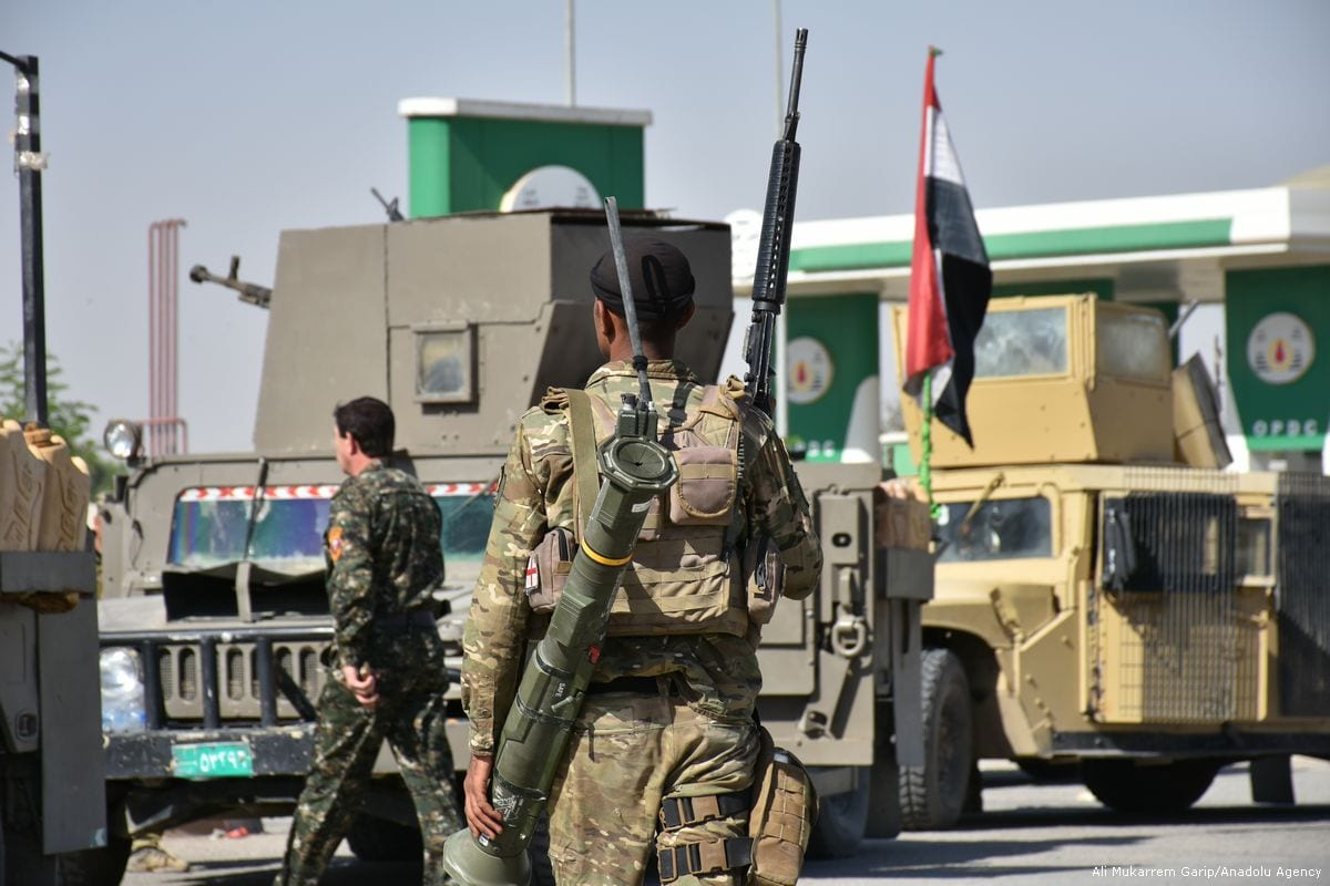 Iraqi security forces deploy military equipment after taking control of Altun Kopru village of Kirkuk, Iraq on 20 October 2017 [Ali Mukarrem Garip/Anadolu Agency]