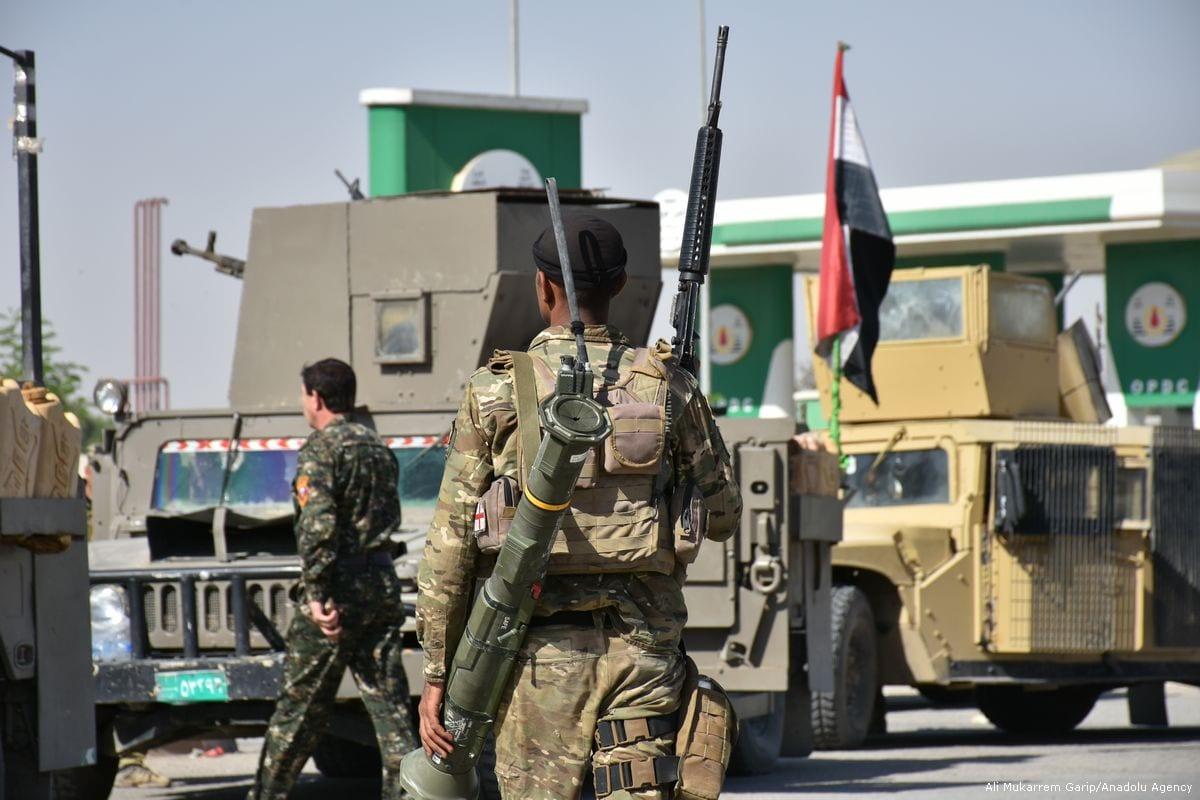 Iraqi security forces deploy military equipment after taking control of Altun Kopru village of Kirkuk, Iraq on 20 October 2017 [Ali Mukarrem Garip/Anadolu Agency]