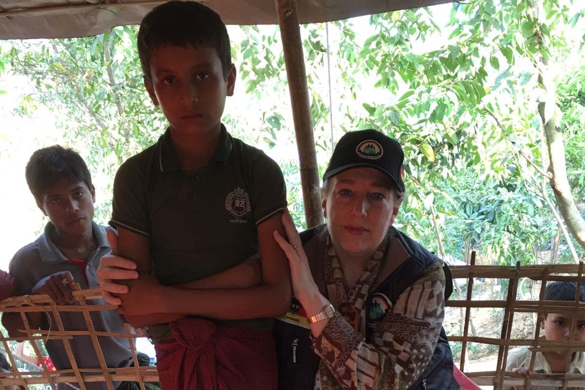 Yvonne Ridley [right] with Mohammed Shofique, 11 year old Rohingya refugee currently residing at the Thainkhali Camp in Bangladesh