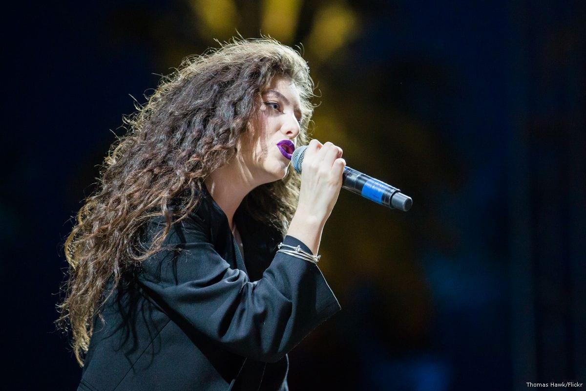 Pop star Lorde performing at Coachella in 2014 [Thomas Hawk/Flickr]