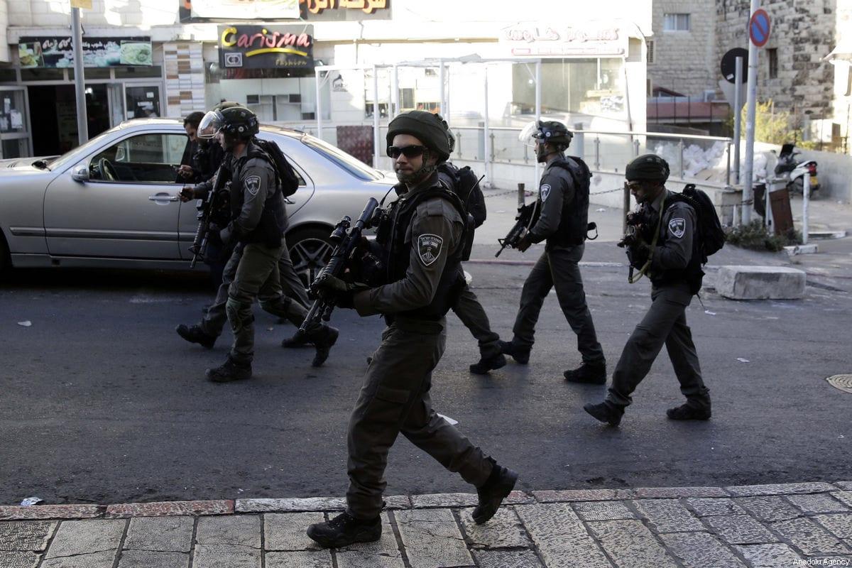 Israeli security forces in Jerusalem's Old City on 16 December 2017 [Mahmoud Ibrahim/Anadolu Agency]