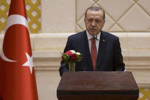 President of Turkey Recep Tayyip Erdogan addresses during a joint press conference held with President of Sudan Omar Al-Bashir (not seen) following their inter-delegation meeting in Khartoum, Sudan on 24 December, 2017 [Binnur Ege Gürün/Anadolu Agency]