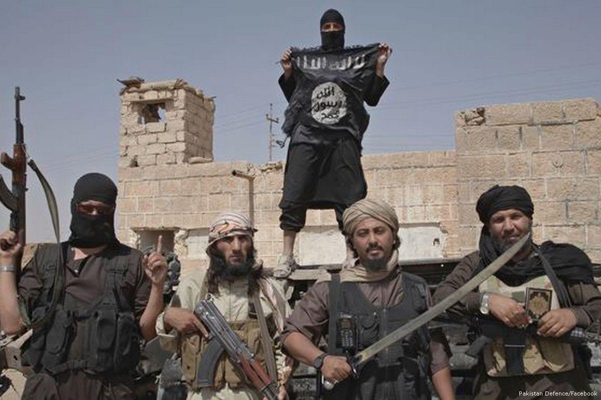 Daesh militants [Pakistan Defence/Facebook]