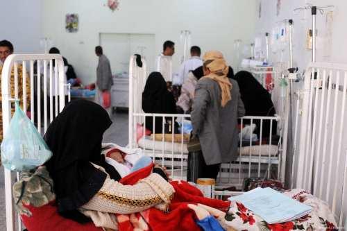Malnourished babies receive medical treatment Yemen [Mohammed Hamoud/Anadolu Agency]