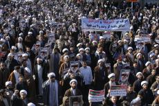 Iranians take part during a state-organised rally against anti-government protests in the country, in Qom, Iran on January 3, 2017 [Stringer / Anadolu Agency]