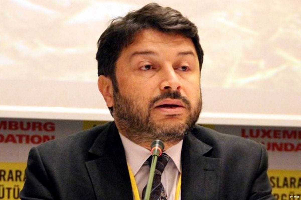 Turkey courtroom releases Amnesty head Taner Kilic