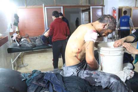 Syrians receive medical treatment at the field hospital after Assad Regime's airstrikes and ground attacks to the Hammuriya town in the Eastern Ghouta region of Damascus, Syria on 19 February, 2018 [Abdul Moyeen Homs/Anadolu Agency]
