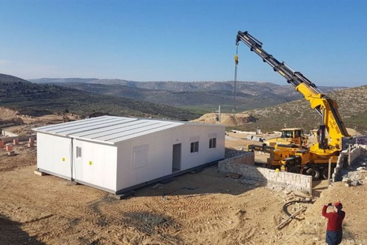 Work begins on building homes at a new illegal settlement in the West Bank [Quds Press]