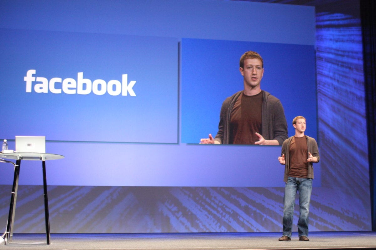 Mark Zuckerberg's joining Israeli Facebook group raises a storm of questions