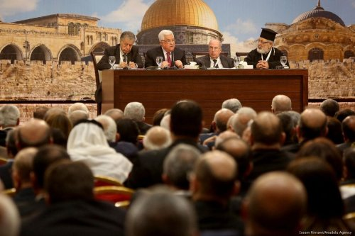 Palestinian President Mahmoud Abbas (2nd L) makes a speech during the 23rd session of the Palestinian National Council in Ramallah, West Bank on 30 April 2018 [Issam Rimawi/Anadolu Agency]