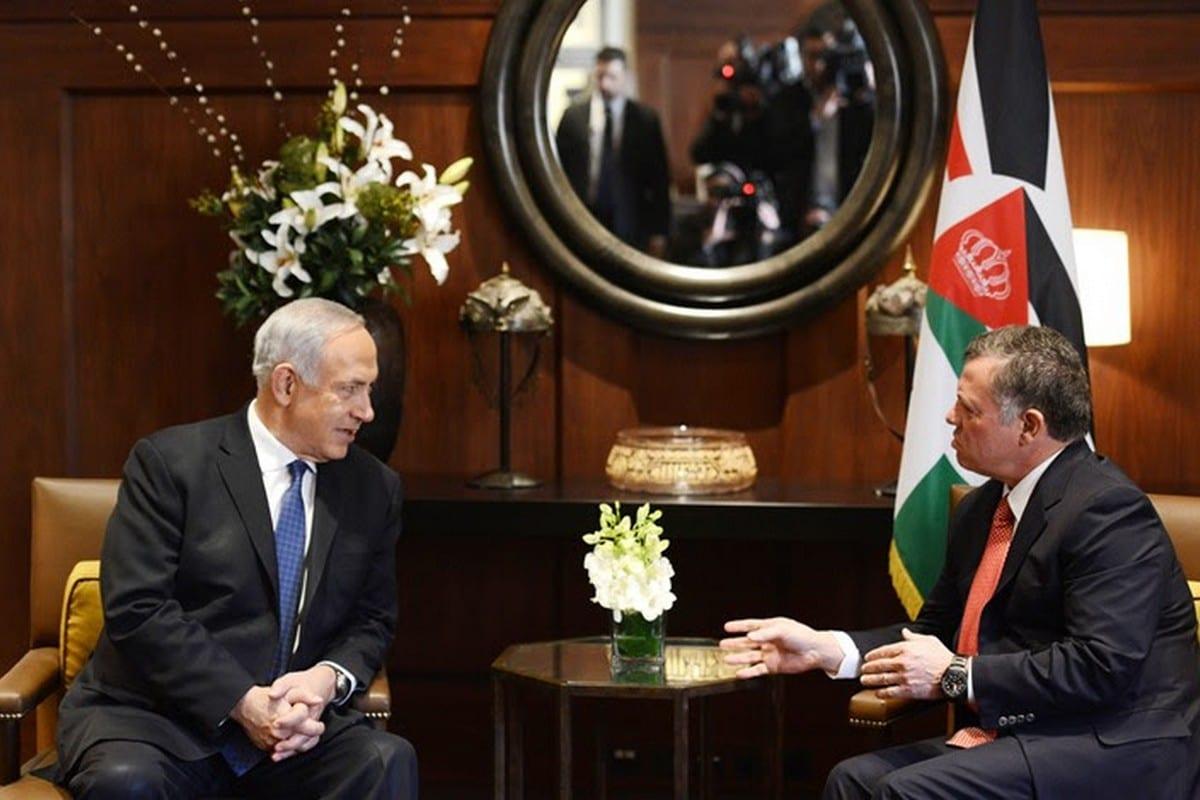 King of Jordan Abdullah II meets with Israeli Prime Minister Benjamin Netanyahu (left)