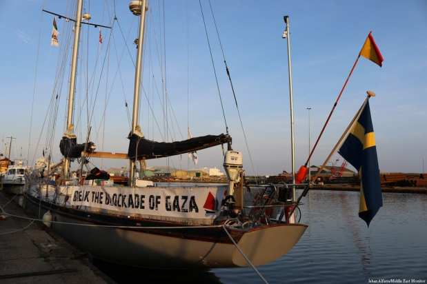 'Freedom' sails into Shoreham Harbour [Jehan Alfarra/Middle East Monitor]