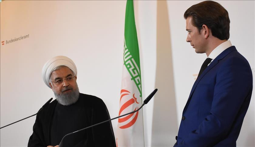Iranian President Hassan Rouhani (L) and Austrian Prime Minister Sebastian Kurz (R) hold a joint press conference in Vienna, Austria on 4 July 2018 [Aşkın Kıyağan/Anadolu Agency]