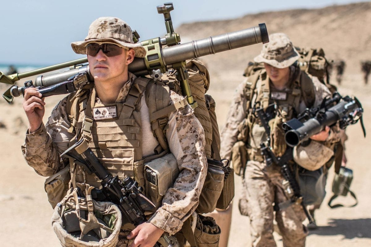US Marines seen during a training excercise with the Royal Army of Oman (not seen) at Senoor Beach, Oman, on February 15, 2017 [Gunnery Sgt. Robert B. Brown Jr. / US Marine Corps]