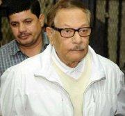 Egypt holds Mubarak-era information minister in custody pending court hearing