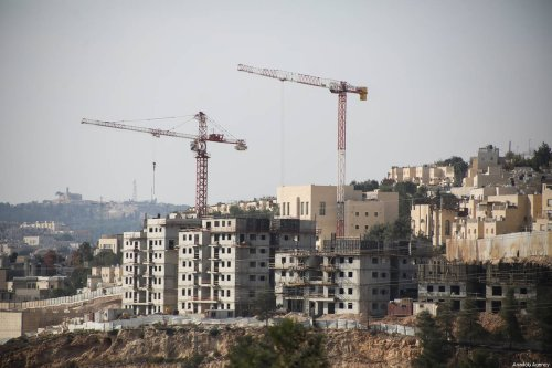 A view of construction works in Ramot, a Jewish settlement in East Jerusalem on October 04, 2018. ( Mostafa Alkharouf - Anadolu Agency )