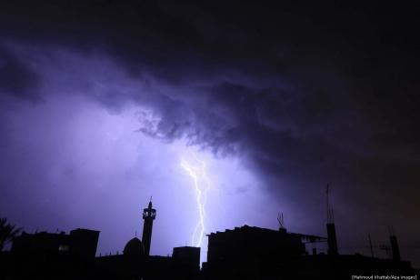 HUGE lightning storm in Gaza! 4 November 2018, [Mahmoud Khattab/Apa images]