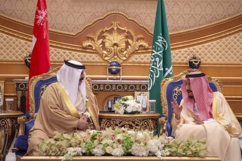 King of Bahrain Hamad bin Isa bin Salman Al Khalifa (L) meets with King of Saudi Arabia Salman bin Abdulaziz Al Saud (R) as part of the 39th Gulf Cooperation Council (GCC) Summit at the Riyadh Air Base in Riyadh, Saudi Arabia on 9 December 2018. [Bandar Algaloud / Saudi Kingdom Council / Handout - Anadolu Agency]