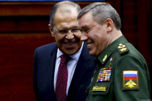 Russian Foreign Minister Sergei Lavrov (L) talks to Chief of the General Staff of the Armed Forces of Russia Valery Gerasimov (R) in Moscow, Russia on 29 December 2018 [Sefa Karacan/Anadolu Agency]