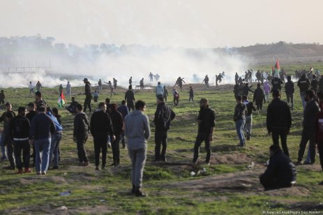 Israeli forces fire at Palestinians as they protest during the Great March of Return along the Gaza-Israel border on 25 January 2019 [Mohammed Asad/Middle East Monitor]
