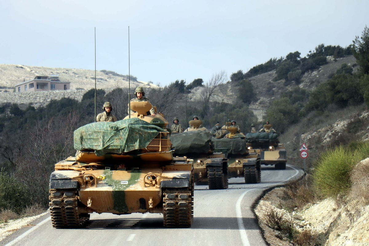 Turkish Armed Forces' tanks are being dispatched from Hatay to support the units at the Syrian's Idlib border, in Hatay, Turkey on January 11, 2019 [Erdal Türkoğlu / Anadolu Agency]