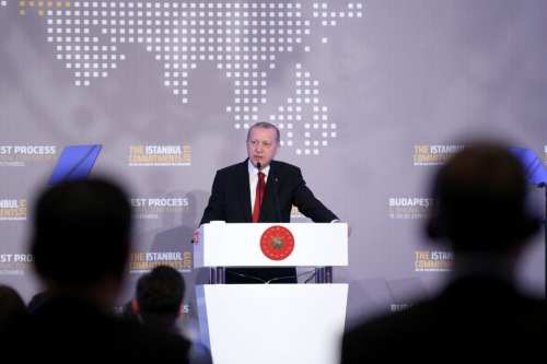 Turkish President Recep Tayyip Erdogan makes a statement during a dinner in honor of ministers and heads of committees those who attend the 6th Ministerial Conference of the Budapest Process at Ciragan Palace in Istanbul, Turkey on February 19, 2019. [ Orhan Akkanat - Anadolu Agency ]